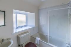 eilidhs-guest-house-room3-ensuite